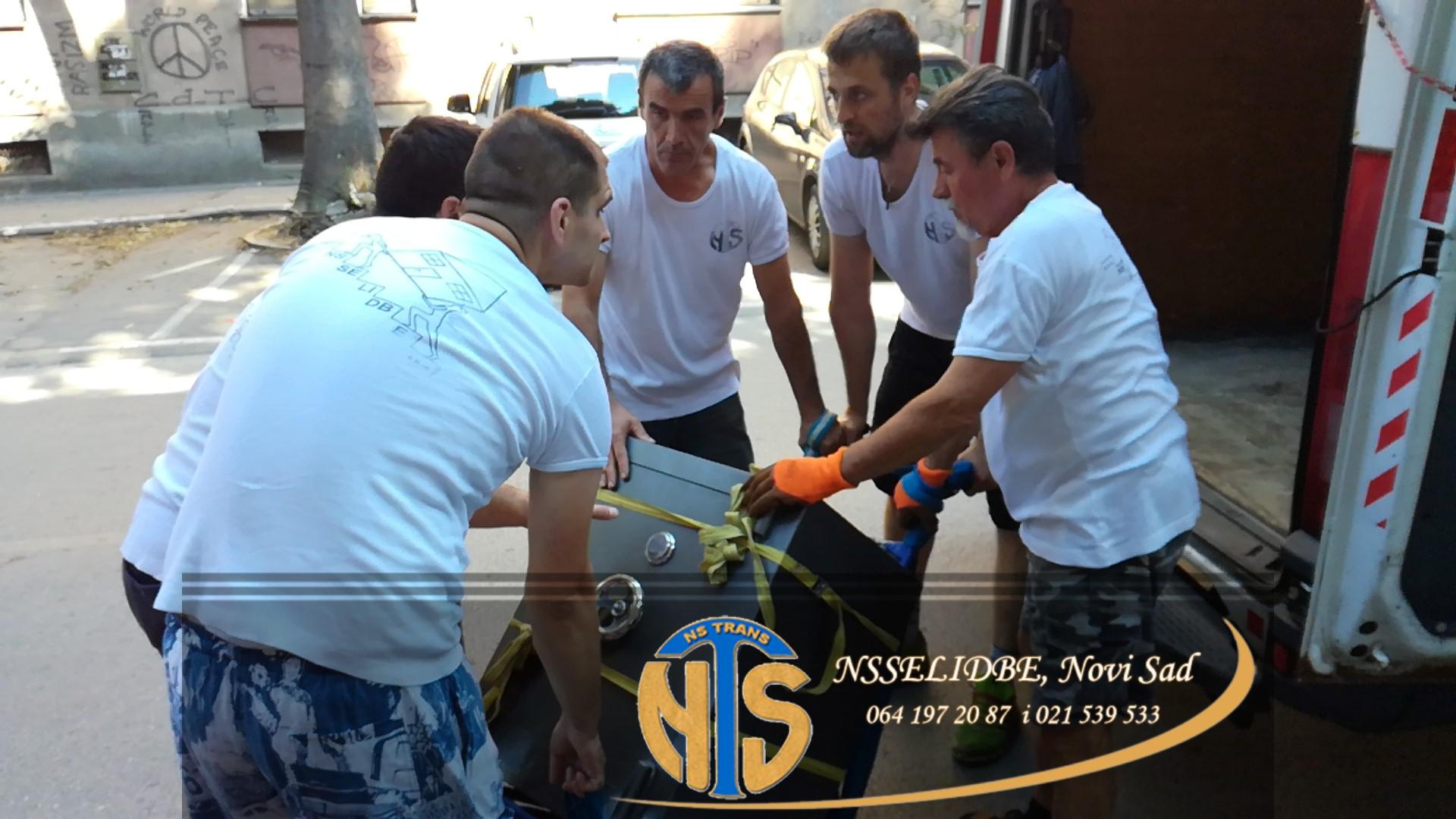 specijalni poslovi-selidbe Novi Sad
